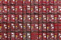 Ζωηρόχρωμο σχέδιο σωρών των μεταφορικών κιβωτίων φορτίου Στοκ Εικόνες