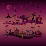 Ζωηρόχρωμο τσίρκο καρναβάλι που ταξιδεύει σε δύο σειρές τη νύχτα Στοκ Φωτογραφία