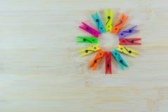 Ζωηρόχρωμο clothespin Στοκ Εικόνες