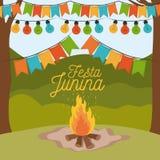 Ζωηρόχρωμο junina festa αφισών με το υπόβαθρο υπαίθρια και την ξύλινη πυρκαγιά και τα διακοσμητικά φω'τα γιρλαντών και εκμετάλλευ ελεύθερη απεικόνιση δικαιώματος