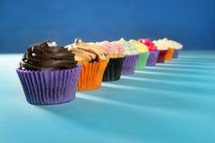 ζωηρόχρωμο muffin κρέμας ρύθμιση Στοκ Εικόνες