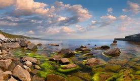 ζωηρόχρωμο seascape καλοκαίρι Στοκ φωτογραφία με δικαίωμα ελεύθερης χρήσης