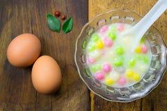 ζωηρόχρωμο sweetmeat Ταϊλανδός σφαιρών Στοκ φωτογραφία με δικαίωμα ελεύθερης χρήσης