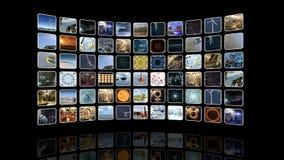Ζωντανεψοντας κυρτός τηλεοπτικός τοίχος με τα εικονίδια Βρόχος-ικανός τρισδιάστατη απόδοση 4k ελεύθερη απεικόνιση δικαιώματος