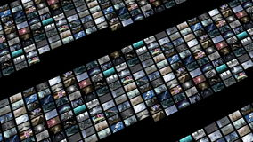 Ζωντανεψοντας τηλεοπτικός τοίχος, που επεκτείνεται με την πράσινη οθόνη 4K ελεύθερη απεικόνιση δικαιώματος