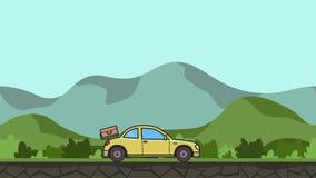Ζωντανεψοντα coupe αυτοκίνητο με τις αποσκευές στην οπίσθια κουκούλα που οδηγά μέσω της πράσινης κοιλάδας Κίνηση hatchback στο αγ ελεύθερη απεικόνιση δικαιώματος