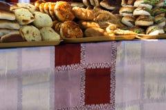 Ζύμες σε ένα παράθυρο αρτοποιείων στοκ φωτογραφία με δικαίωμα ελεύθερης χρήσης