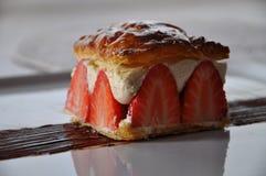 Ζύμη ριπών με τις φράουλες και το mascarpone Στοκ Φωτογραφίες