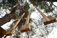 Ζώνη δραστηριοτήτων πάρκων περιπέτειας στοκ φωτογραφίες