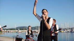 Ζώνη μουσικής που αποδίδει στο λιμάνι απόθεμα βίντεο