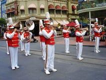 Ζώνη σε Disneyland, όργανα αέρα παιχνιδιού στοκ εικόνα