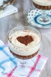 Ηδύποτο καφέ και επιδόρπιο κρέμας σοκολάτας στοκ φωτογραφίες με δικαίωμα ελεύθερης χρήσης