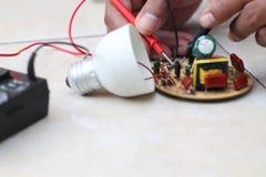 Ηλεκτρική εγκατάσταση επισκευής, έκδοση 18 Στοκ Εικόνα