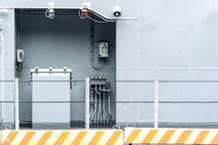Ηλεκτρική ενέργεια εξοπλισμού κιβωτίων ελεγκτών στη βιομηχανία εργοστασίων Στοκ Φωτογραφίες