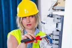 ηλεκτρική ενέργεια ηλεκτρολόγων που μετρά την εργασία Στοκ Φωτογραφία