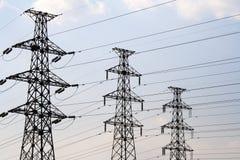 ηλεκτρική μετάδοση ρυμούλκησης πόλων Στοκ εικόνα με δικαίωμα ελεύθερης χρήσης