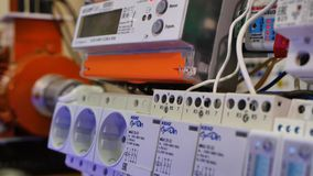 Ηλεκτρική στάση ηλεκτρική εγκατάσταση closeup στοκ εικόνες με δικαίωμα ελεύθερης χρήσης