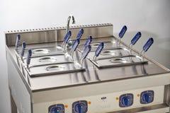 Ηλεκτρική σόμπα ατμού Βιομηχανικός εξοπλισμός κουζινών catering στοκ φωτογραφία με δικαίωμα ελεύθερης χρήσης