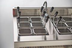 Ηλεκτρική σόμπα ατμού Βιομηχανικός εξοπλισμός κουζινών catering στοκ εικόνες