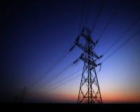 ηλεκτρική υψηλή τάση πύργων Στοκ εικόνα με δικαίωμα ελεύθερης χρήσης