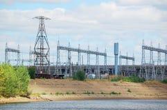 ηλεκτρικοί πύργοι ισχύο&sigma Στοκ φωτογραφίες με δικαίωμα ελεύθερης χρήσης