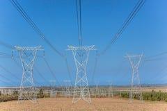 Ηλεκτρικοί πύργοι ρευματοδοτών Στοκ φωτογραφίες με δικαίωμα ελεύθερης χρήσης