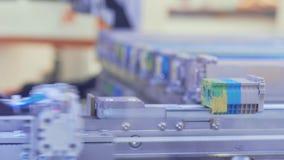 Ηλεκτρονικές ενότητες Ρομποτική συσκευή που συλλέγει τα συστατικά απόθεμα βίντεο