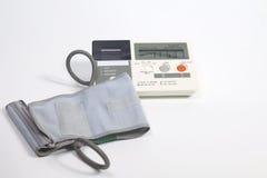 ηλεκτρονικό sphygmomanometer Στοκ φωτογραφία με δικαίωμα ελεύθερης χρήσης