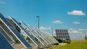 Ηλιακά πλαίσια κοντά στη σύγχρονη επιχείρηση, χρόνος-σφάλμα απόθεμα βίντεο