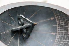 Ηλιακό ρολόι που γίνεται στην εποχή της δυναστείας Joseon που επιδεικνύεται στοκ εικόνα με δικαίωμα ελεύθερης χρήσης