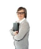 ηλικίας επιχειρησιακά έγγραφα που κρατούν τη γυναίκα στοκ εικόνες με δικαίωμα ελεύθερης χρήσης
