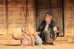 Ηλικιωμένη κυρία του Λάος στοκ φωτογραφία με δικαίωμα ελεύθερης χρήσης