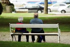 ηλικιωμένοι ζευγών στοκ φωτογραφίες με δικαίωμα ελεύθερης χρήσης