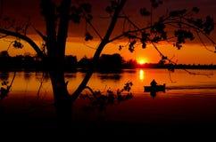 ηλιοβασίλεμα άνοιξη λιμν Στοκ φωτογραφία με δικαίωμα ελεύθερης χρήσης