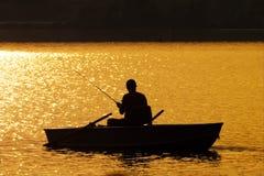 ηλιοβασίλεμα αλιείας Στοκ Εικόνα