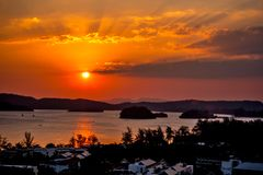 Ηλιοβασίλεμα από την άποψη του AO Nang Στοκ Φωτογραφία