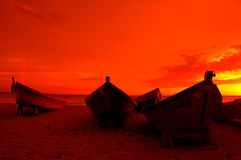 ηλιοβασίλεμα βαρκών Στοκ Φωτογραφίες