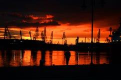 Ηλιοβασίλεμα γύρω από τη θάλασσα στοκ εικόνες