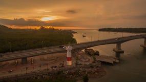 ηλιοβασίλεμα επάνω από το νησί Lanta στοκ φωτογραφία με δικαίωμα ελεύθερης χρήσης