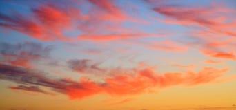 ηλιοβασίλεμα ζωηρό Στοκ Εικόνες
