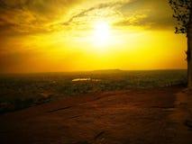 Ηλιοβασίλεμα - η χρυσή άποψη στοκ φωτογραφία με δικαίωμα ελεύθερης χρήσης
