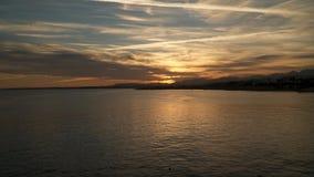 Ηλιοβασίλεμα θαλασσίως Στοκ φωτογραφία με δικαίωμα ελεύθερης χρήσης