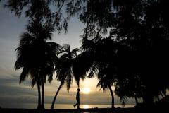 Ηλιοβασίλεμα κοντά στην παραλία στη Μαλαισία Στοκ φωτογραφία με δικαίωμα ελεύθερης χρήσης