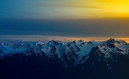 Ηλιοβασίλεμα κορυφογραμμών τυφώνα στοκ εικόνες