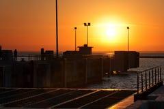 ηλιοβασίλεμα λιμένων Στοκ Εικόνες