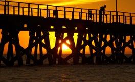 ηλιοβασίλεμα λιμενοβρ& Στοκ Εικόνες