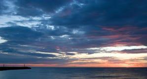 ηλιοβασίλεμα λιμενοβρ& Στοκ Εικόνα