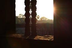 Ηλιοβασίλεμα με το παράθυρο παραθύρων εκκλησιών Στοκ εικόνα με δικαίωμα ελεύθερης χρήσης