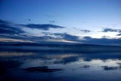 ηλιοβασίλεμα μπλε ουρ&al Στοκ Φωτογραφίες