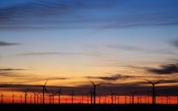 ηλιοβασίλεμα μύλων Στοκ εικόνες με δικαίωμα ελεύθερης χρήσης